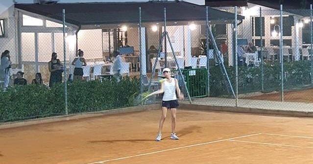 Tracollo nel tennis giovanile lombardo: male anche tutti i comaschi