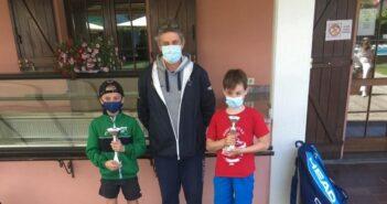 La premiazione dell'Under 10 a Samarate con Tommaso Maglia